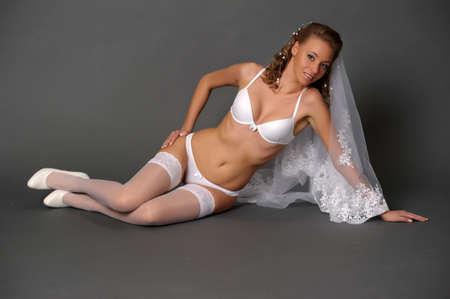 секс: сексуальные невеста в белом нижнем белье