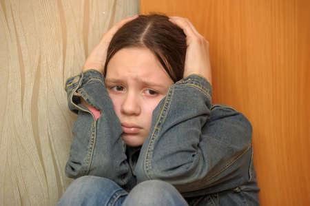 angoisse: La jeune fille de l'adolescent dans la d�pression