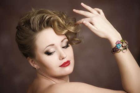 Retro jewelry woman Stock Photo - 12674327