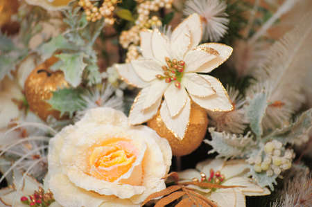 royality: Floral Arrangement with white flowers, roses