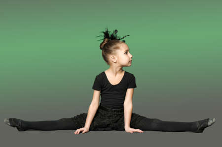 Little girl ballerina photo