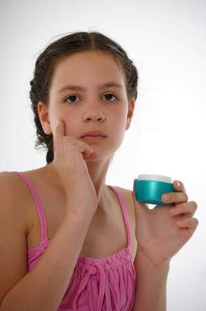 humidify: Applying hand cream