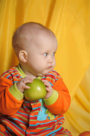 small child with  apples Stock Photo - 14108052