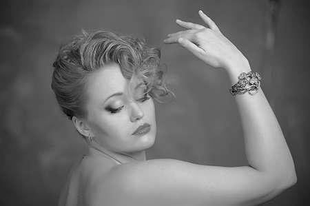 Retro jewelry woman Stock Photo - 14167142