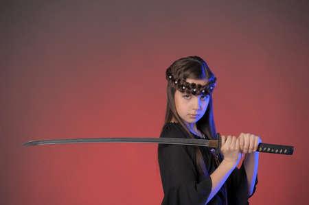mujeres peleando: joven guerrero Foto de archivo