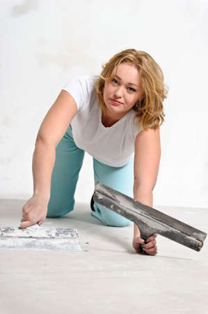 girl doing repairs at home Stock Photo - 15428980