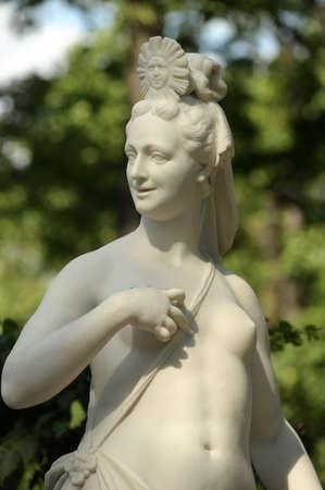Monument und Architektur im Sommer Garten Sankt Petersburg
