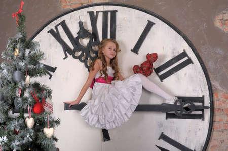 girl waiting for Christmas photo