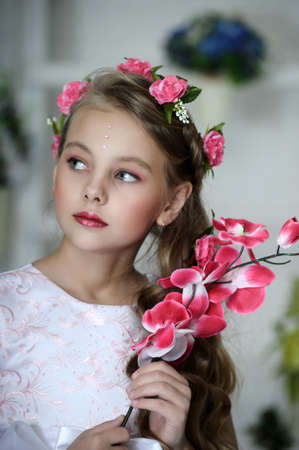 pretty little girl: Vintage Girl with Flowers