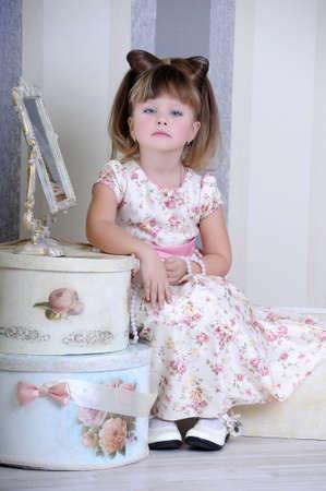 Little fashionista in retro style Stock Photo - 19026972