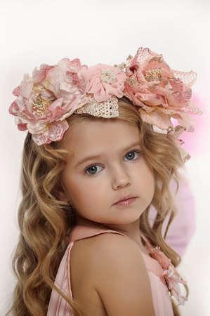 Bright niña de ojos