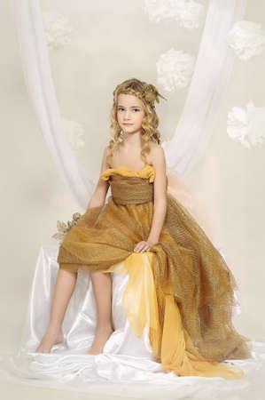 stílus: lány arany