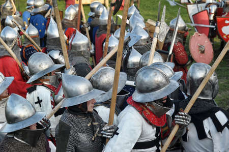 crusaders: Knights in armor battle