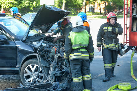 fema: Rescuers and FEMA had an accident around the car, Petersburg, Russia. Editorial