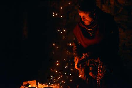 smithy: Vichingo nella fucina, Fattorie vichinga, Centro per la Storia e la Cultura, il cosiddetto cantiere Vichinghi Svargas, Russia.