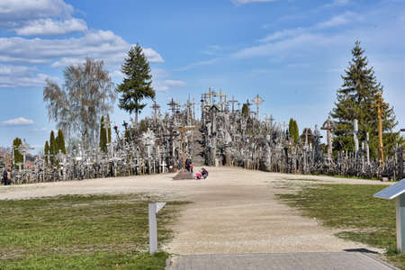 The hill of the Crosses (Kryžių kalnas) in Lithuania, one of the most important pilgrimage sights of the region and a national monument comemmorating Soviet oppression. 新闻类图片