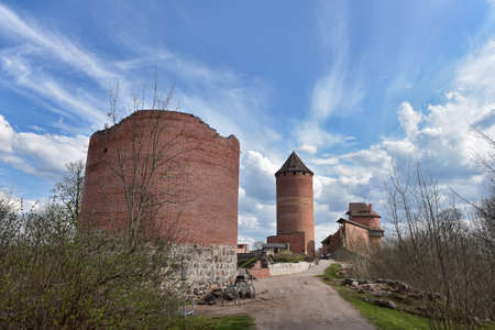 The most beautiful castle in this region is the red brick Turaida castle, dating back to the 13th century. Its construction began in 1214, making it as old as the old Sigulda castle. The name Turaida means garden of Tor (a god known to many tribes of nort