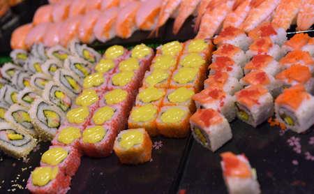 tuna mayo: Rolls and sushi on the Thai counter