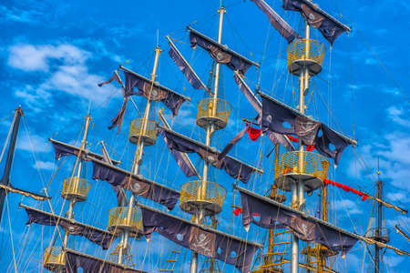 shrouds: Masts and rigging of a pirate ship