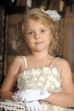 Princess in a white dress retro child Archivio Fotografico