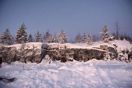 Marble ?anyon in Ruskeala, Karelia in winter, Russia Imagens