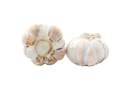 ail: garlic and garlic heads on a white background