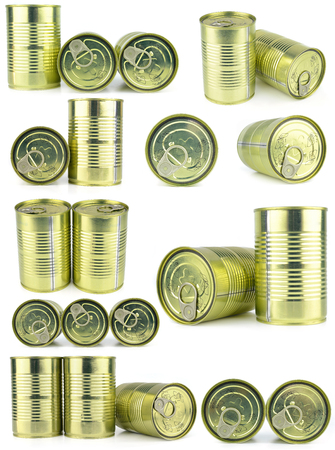 'food and beverage: Canned food isolated on white