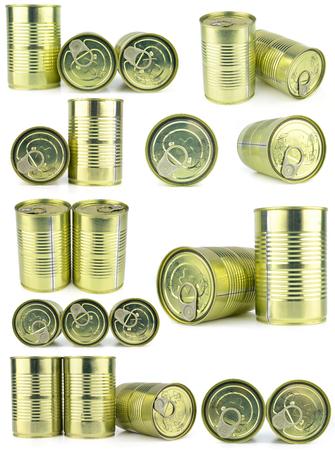 tiendas de comida: Los alimentos enlatados aislado en blanco