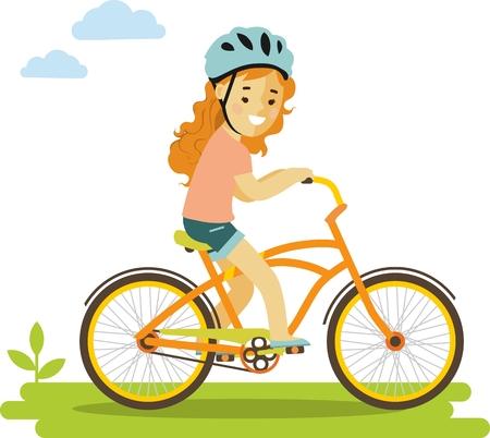 自転車に乗ってヘルメットの笑顔の少女