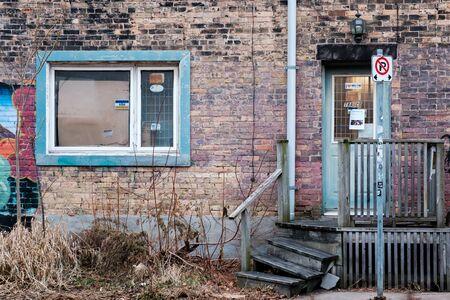 Toronto, ON Canada 12/27/2019: Gritty back alley scene in the Parkdale neighbourhood. Sajtókép