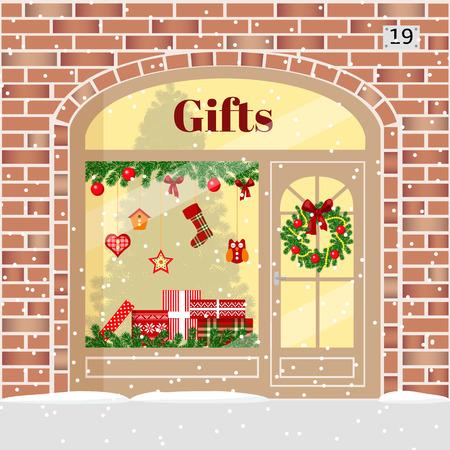 크리스마스 선물 가게 (선물 가게). 상자, 화 환, 화 환, 공, 크리스마스 트리, 눈송이 장식 하 고 조명 된 벽돌 외관. 벡터 일러스트 레이 션. 엽 일러스트