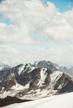 Montagnes Paysage et nuages ??ciel Voyage vue aérienne paysage serein nature sauvage calme scène idyllique Banque d'images