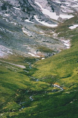 Bergen vallei luchtfoto Landschap Zomer Reizen wild natuur landschap Stockfoto
