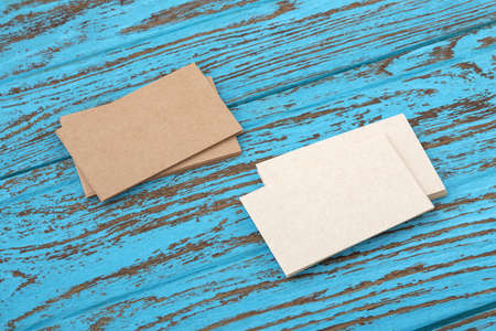 Business card mockup on blue wooden table 版權商用圖片