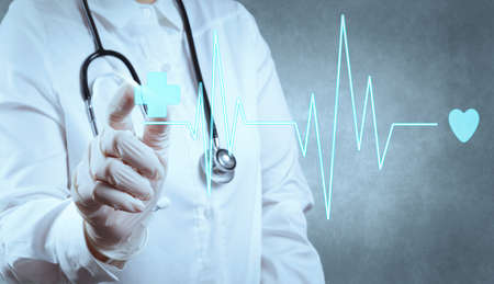 現代のコンピューターを扱う医学医師の手 写真素材