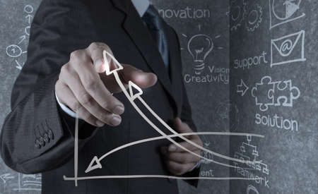 implement: mano d'affari disegna business successo concetto grafico sullo schermo virtuale