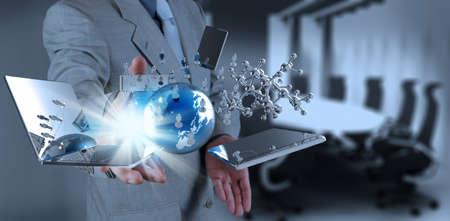 사업가 개념으로 현대 기술 작업 스톡 콘텐츠