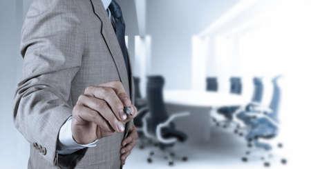 Gesch?smann Hand arbeiten mit neuen, modernen Computer-und Business-Strategie als Konzept Standard-Bild - 20101351
