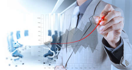 businessman hand draws business success chart concept on virtual screen Imagens - 20101267