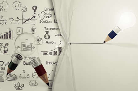 crayon ampoule tirage corde stratégie ouverte froissé du papier show business en tant que concept