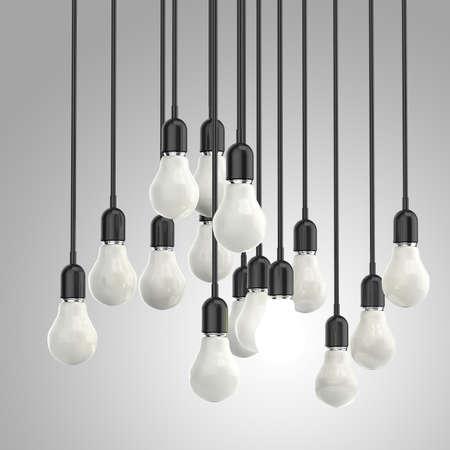 liderazgo empresarial: idea creativa y el concepto de liderazgo bombilla de luz sobre fondo gris Foto de archivo