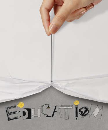 grafito: cuerda de tirón de la mano de negocios abierto espectáculo de papel arrugado EDUCACIÓN texto diseño como concepto