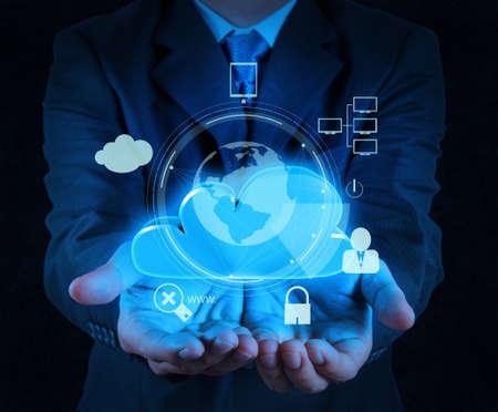 터치 스크린 컴퓨터에 사업가 손을 구름 3D 아이콘 인터넷 보안 온라인 비즈니스 개념으로