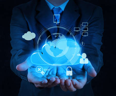 Nube de la mano de negocios icono 3d en la computadora de pantalla táctil como concepto de negocio de seguridad de Internet en línea Foto de archivo - 27921707
