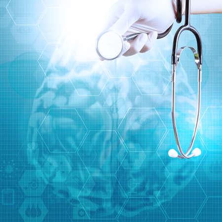 Ręka lekarza z medycznych tle