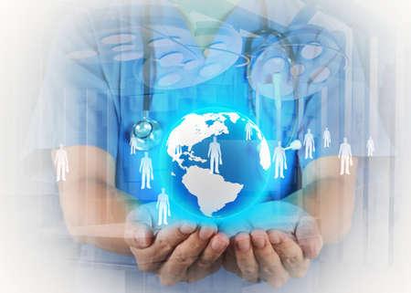 Dubbele belichting van slimme medische arts die de wereld met operatiekamer als concept