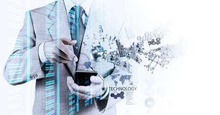 dotykový displej: Double expozice podnikatel ukazuje, moderní technologie jako koncept