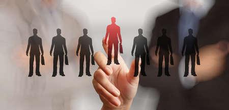 Empresario elegir personas icono como concepto de recursos humanos mano Foto de archivo - 34115118