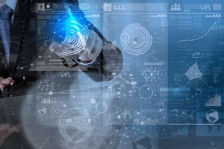 現代の技術とビジネス戦略コンセプトとしてデジタル レイヤー効果のビジネスマン手 写真素材