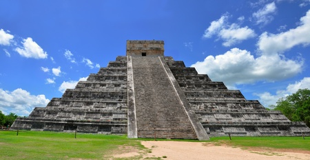 Chichen Itza Pyramid, Wonder of the World, Mexico, yucatan